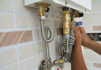 热水器维修图片