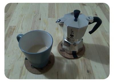 小编给大家推荐几款性价比较高的咖啡机