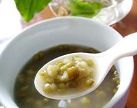来给夏日清清火吧薄荷绿豆汤的做法