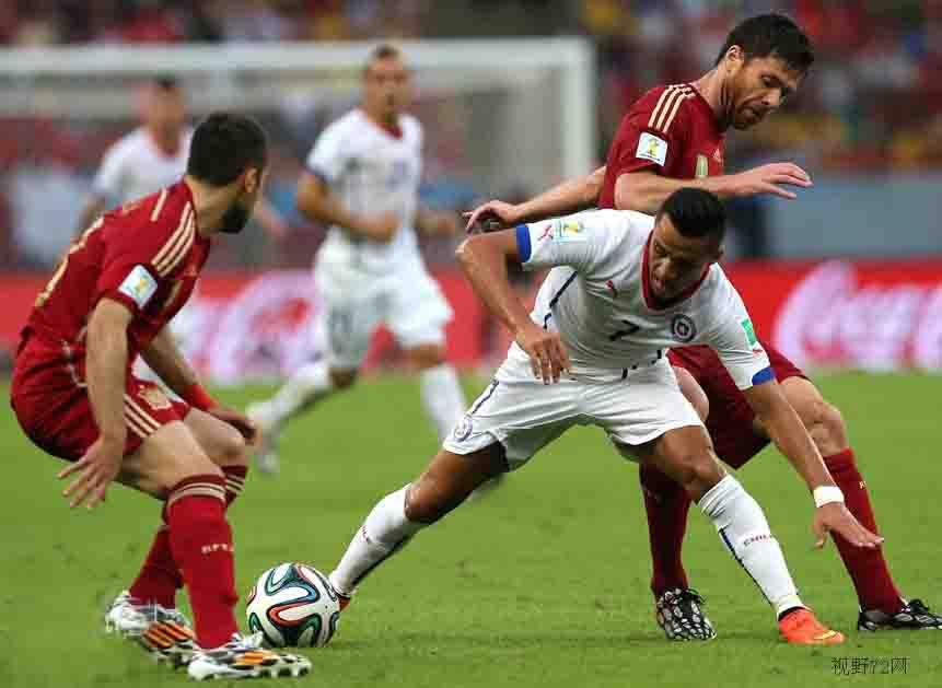 大冷!2014巴西世界杯西班牙王朝落幕,0-2負智利小組出局
